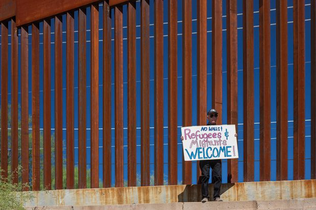 Mexico's CETYS plans future in shadow of Trump's wall-THE