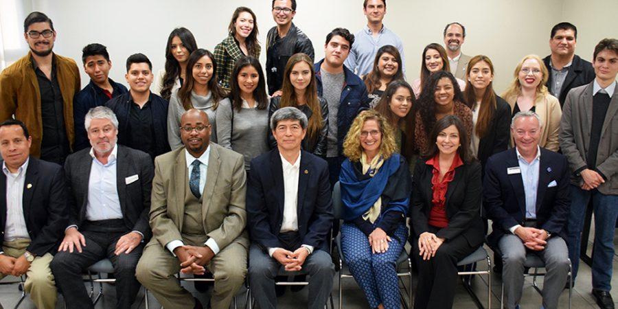 UNDERGRADUATE STUDENTS OVERCOME BORDERS WITH BINATIONAL LEADERSHIP COURSE