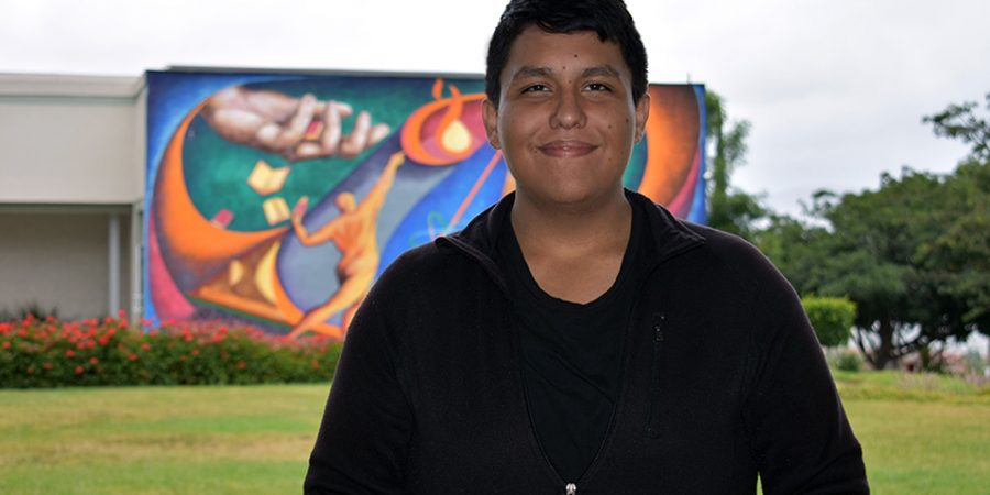 Meet Rodolfo Macías, the 19-year-old Tijuana native who will participate in a NASA scholarship program