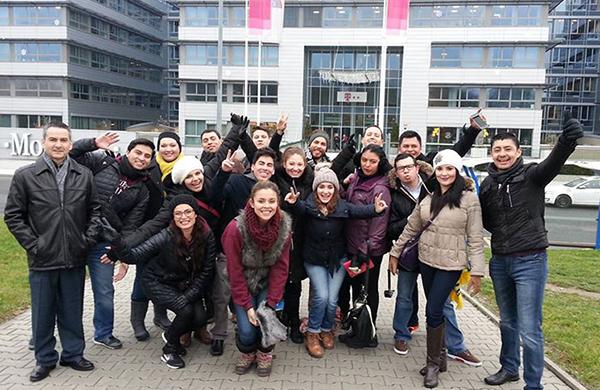 Alumnos de Posgrado CETYS visitan Praga