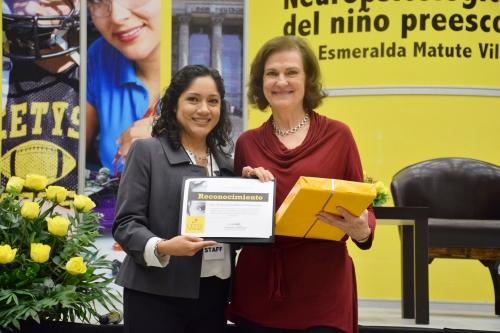 Presentan Cátedra Distinguida de Psicología