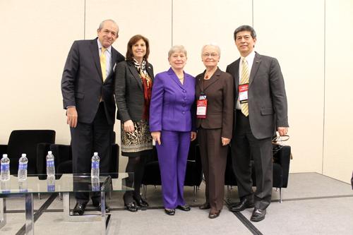 Rector participa en panel de Educación Superior en México y EUA