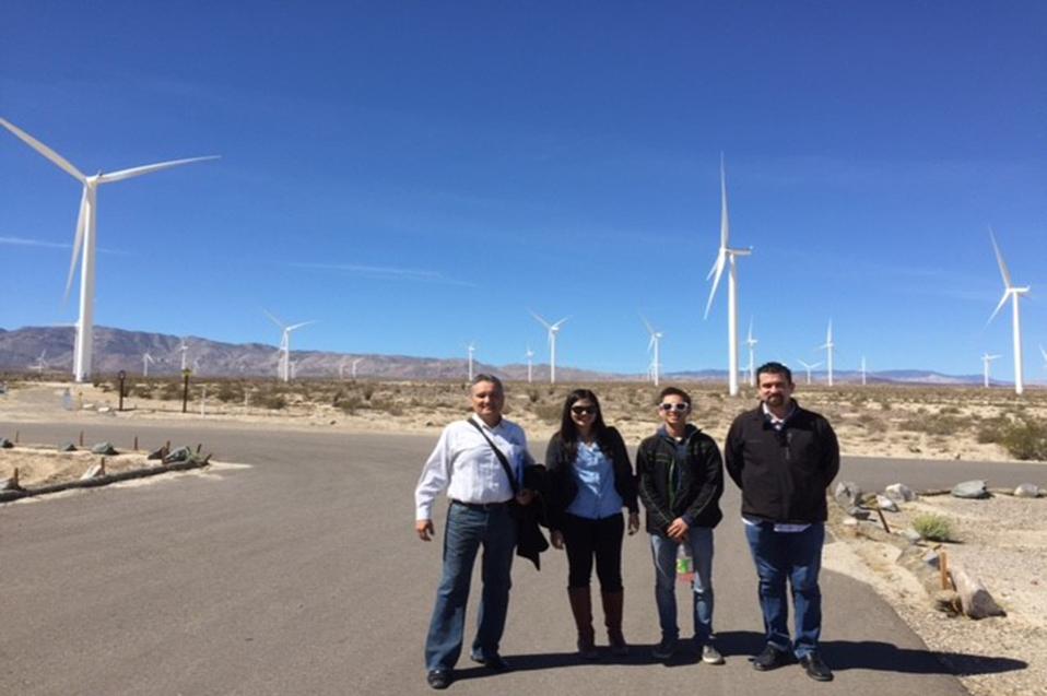 Visitan Parque de Energías Renovables