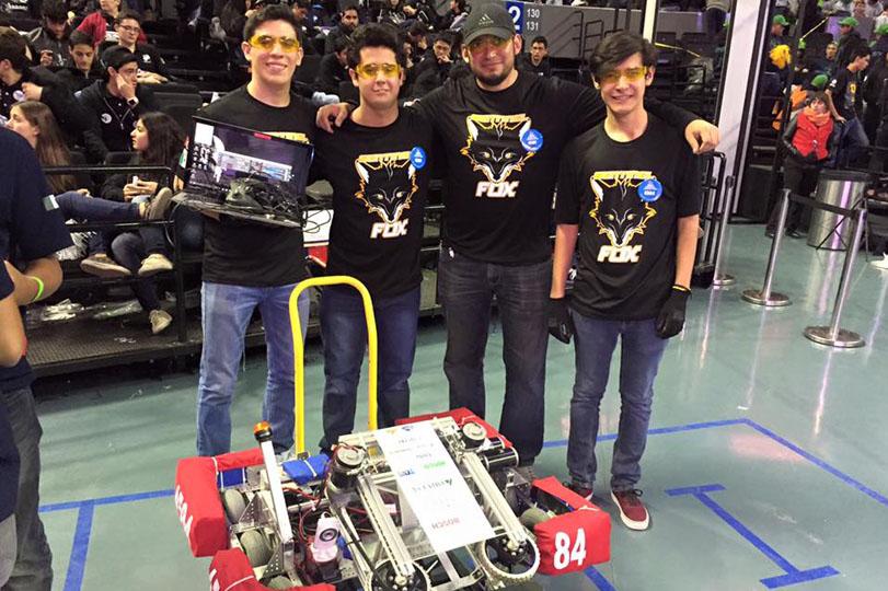 SentinelFox, dentro del top 10 de competencia robótica