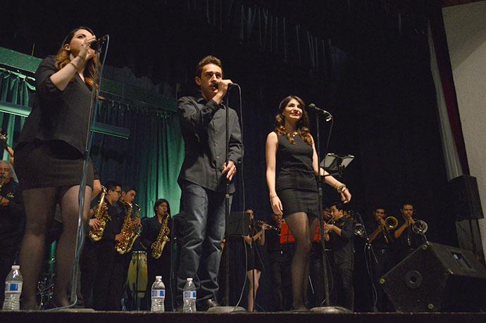 Celebra Orquesta 18 años sin 'contratiempos'