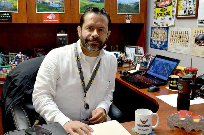 Recibe Jorge Sosa grado de Doctor
