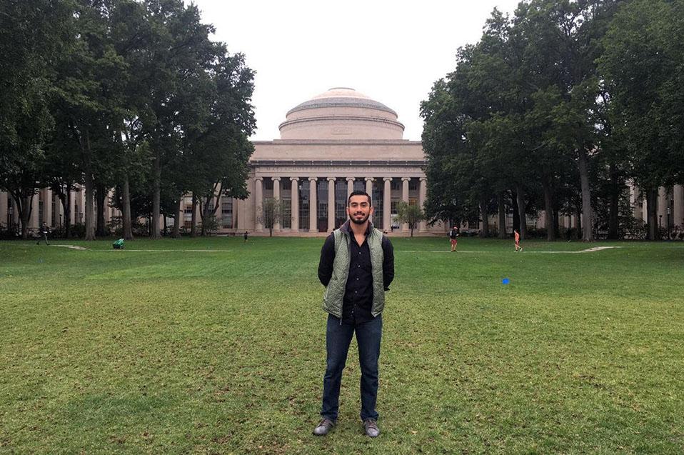 Emprendedor CETYS obtiene beca en MIT