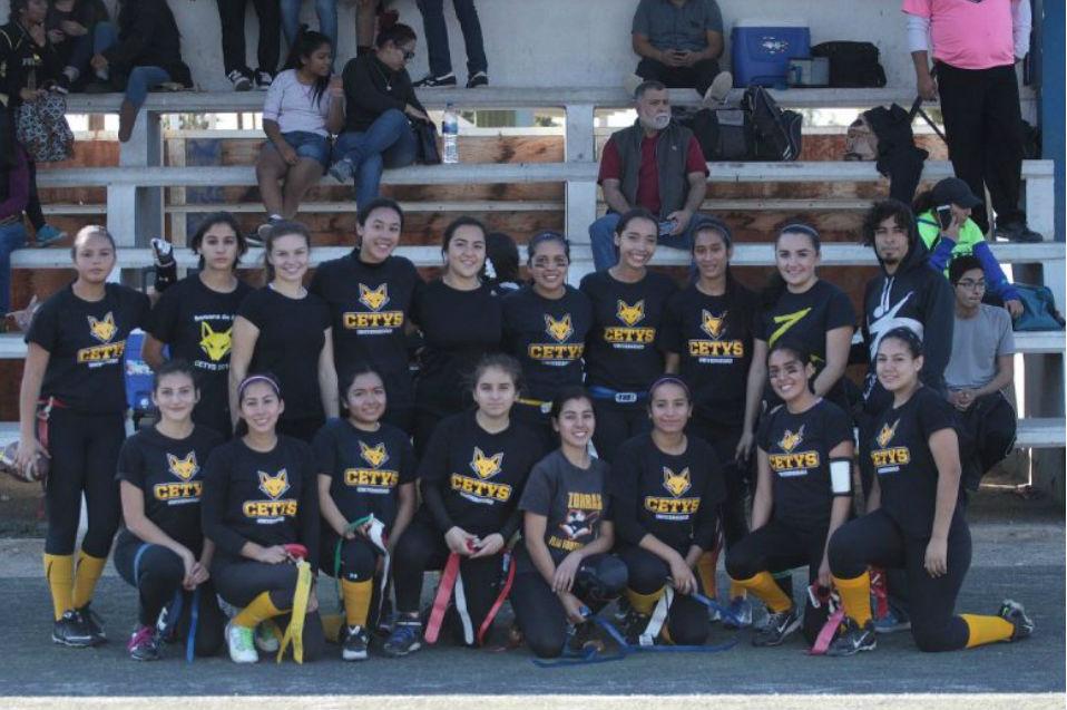 Crece Zorros con totalidad de alumnas de CETYS en liga libre de flag