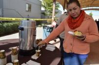 Los asistentes disfrutaron de la rosca y de un delicioso chocolate caliente.