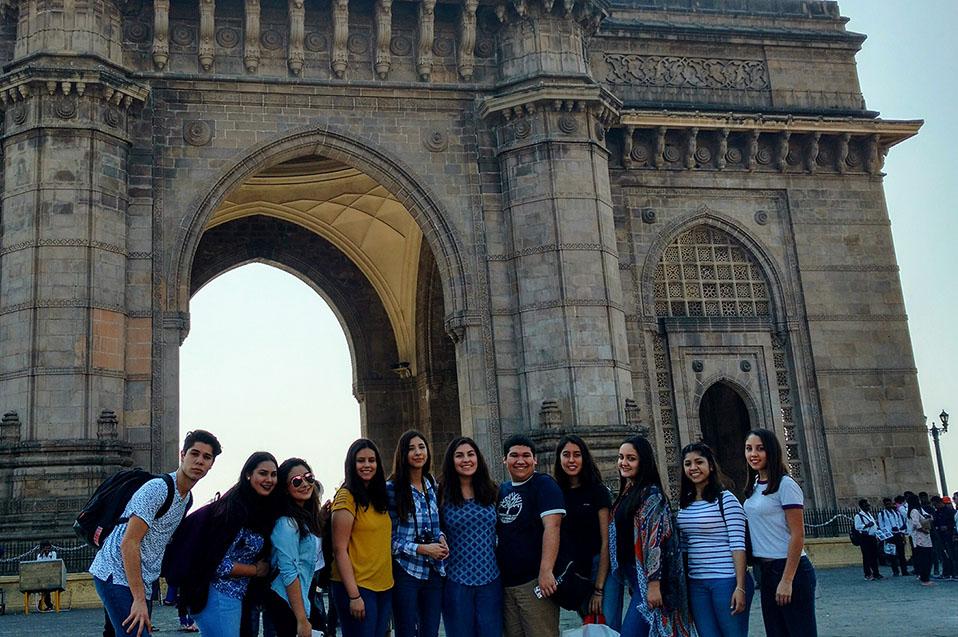 Bachilleres CETYS conocen la cultura de la India