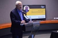 """El orador invitado trabajó el tema """"Expectativas futuras de las actividades económicas desarrolladas en el puerto""""."""