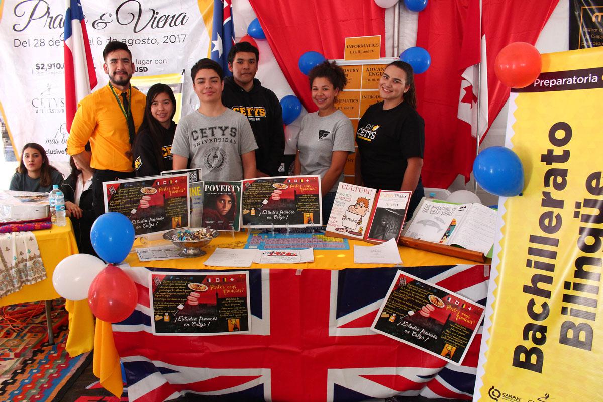 Estudiantes del puerto asisten a Expo CETYS 2017
