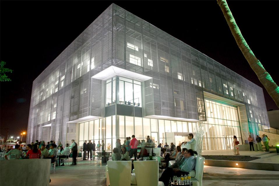 Inauguran edificio de Centro de Excelencia
