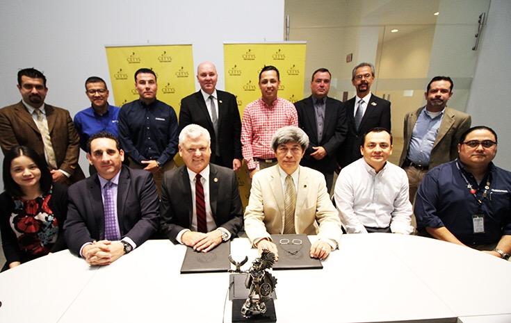 CETYS y Embry Riddle Aeronautical University firman convenio para Posgrados