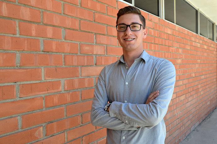 Obtiene beca para intercambio estudiantil en Canadá
