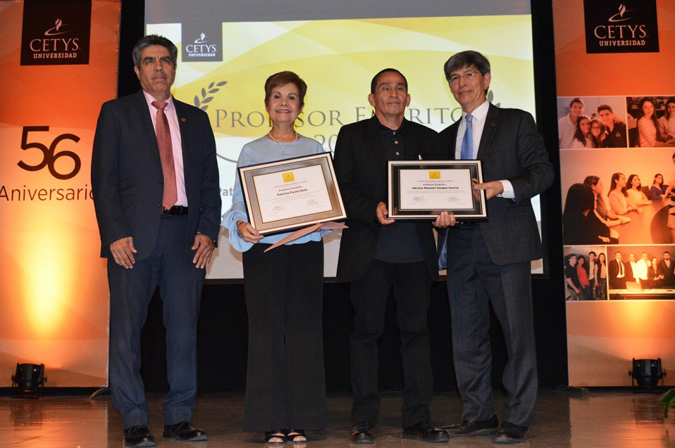 Patricia Pacho y Héctor Vargas: Premio al Profesor Emérito 2017