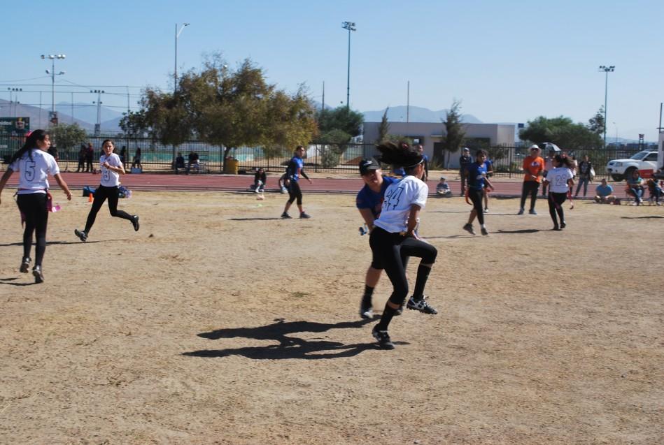 El equipo Sub-18 avanza a la siguiente ronda, mientras Sub-15 se acerca a la eliminación.