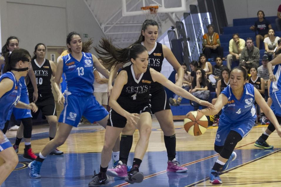 Zorros Femenil se mantienen en el liderato general con 7-1.