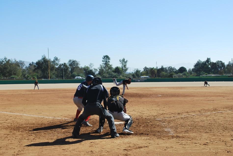 CETYS Tijuana gana con pitcheo y bateo sólidos