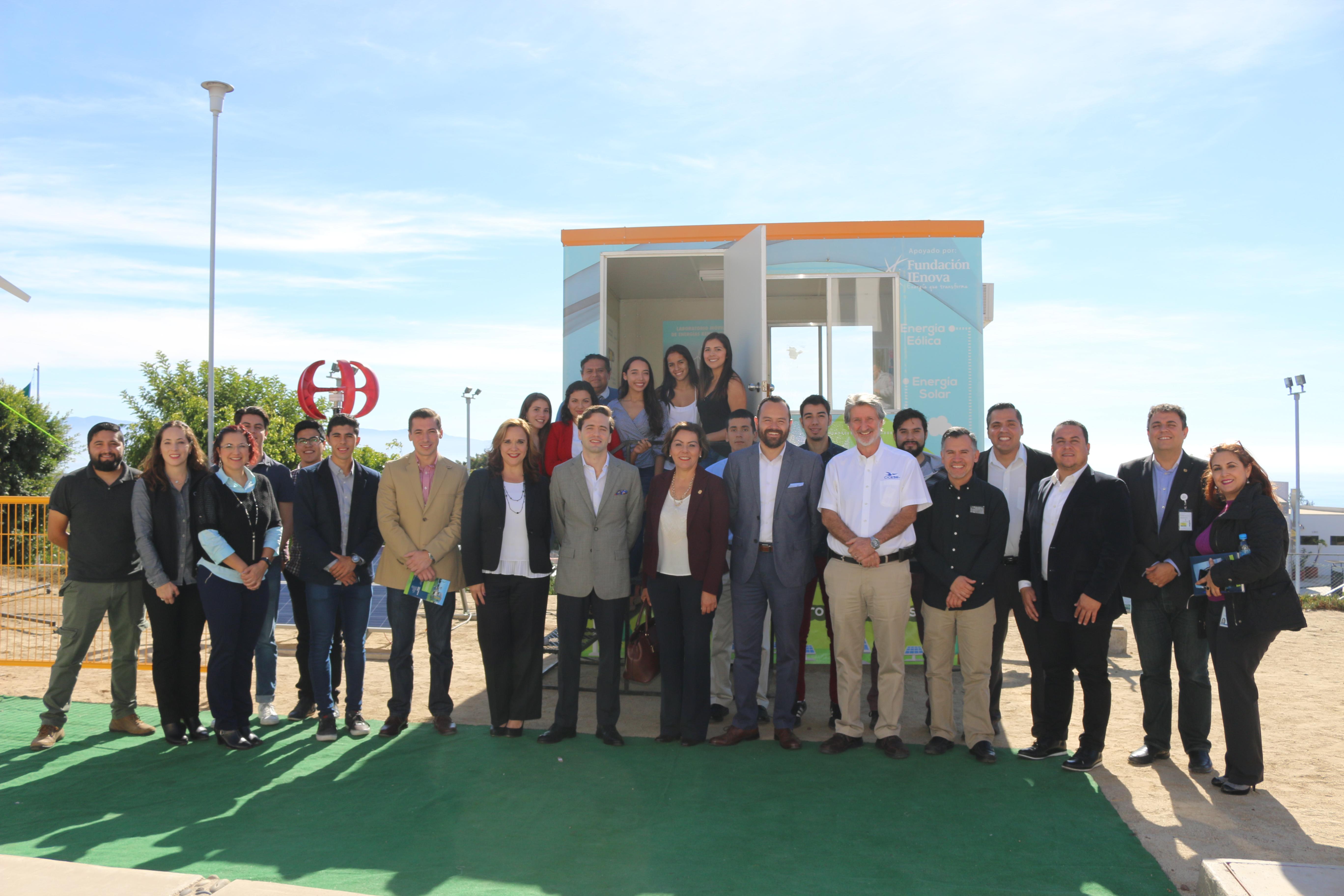 Presentan Laboratorio Móvil de Energías Renovables en CETYS Universidad