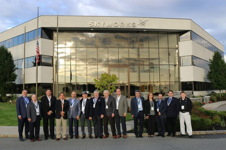 Cetys y Skyworks juntos por la formación de profesionistas globales