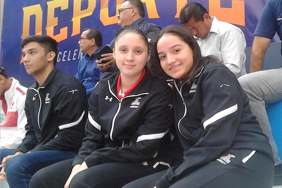 Alejandra Arreola y Mariann Cardoso.