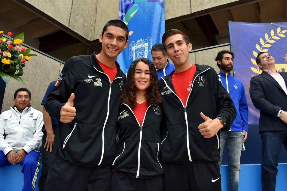 Mauro Fuentes, Rebeca Márquez y Christian Ventura.