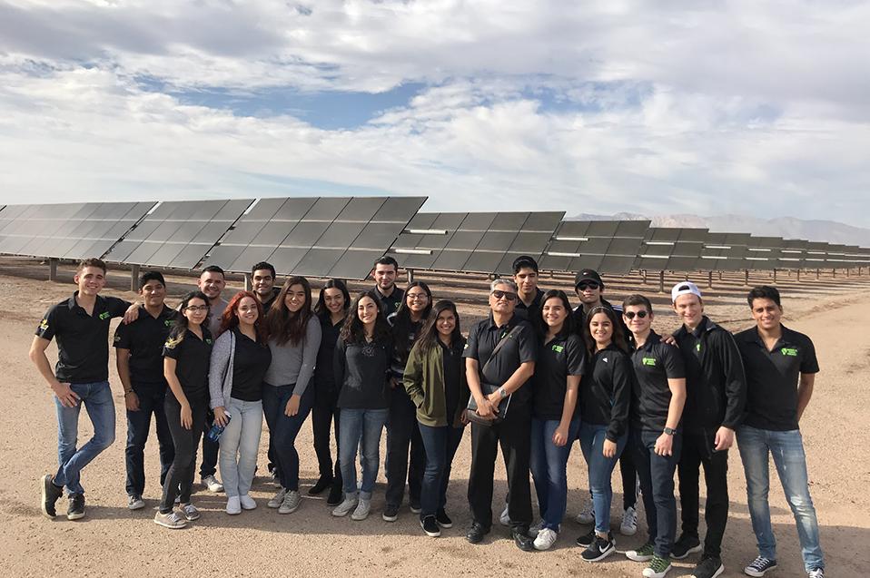 Visitan Ingenieros en Energías Renovables la Planta Fotovoltaica y Geotérmica de CFE en el Valle