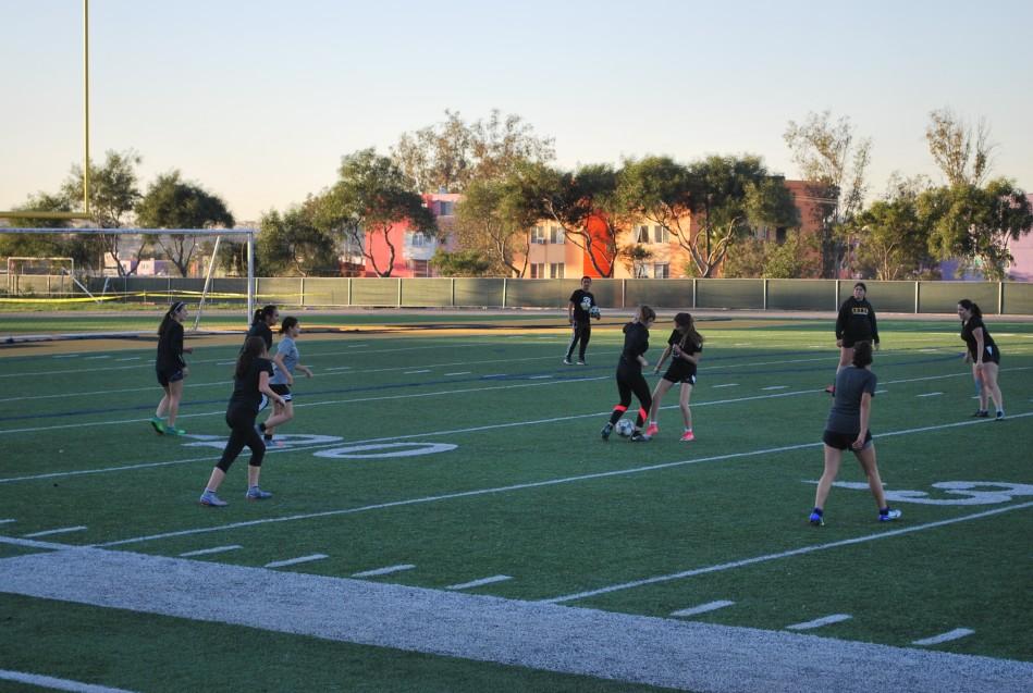 Zorros Femenil se ponen a tono en futbol soccer