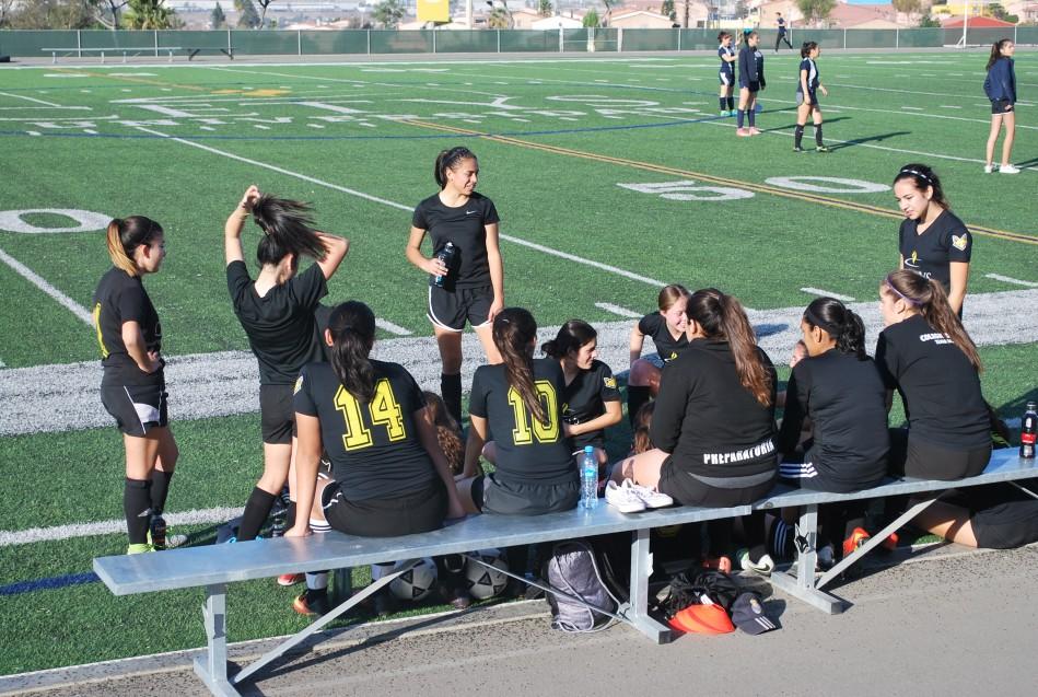 Fue el primer juego formal de Ricardo Guzmán como estratega del equipo femenil.