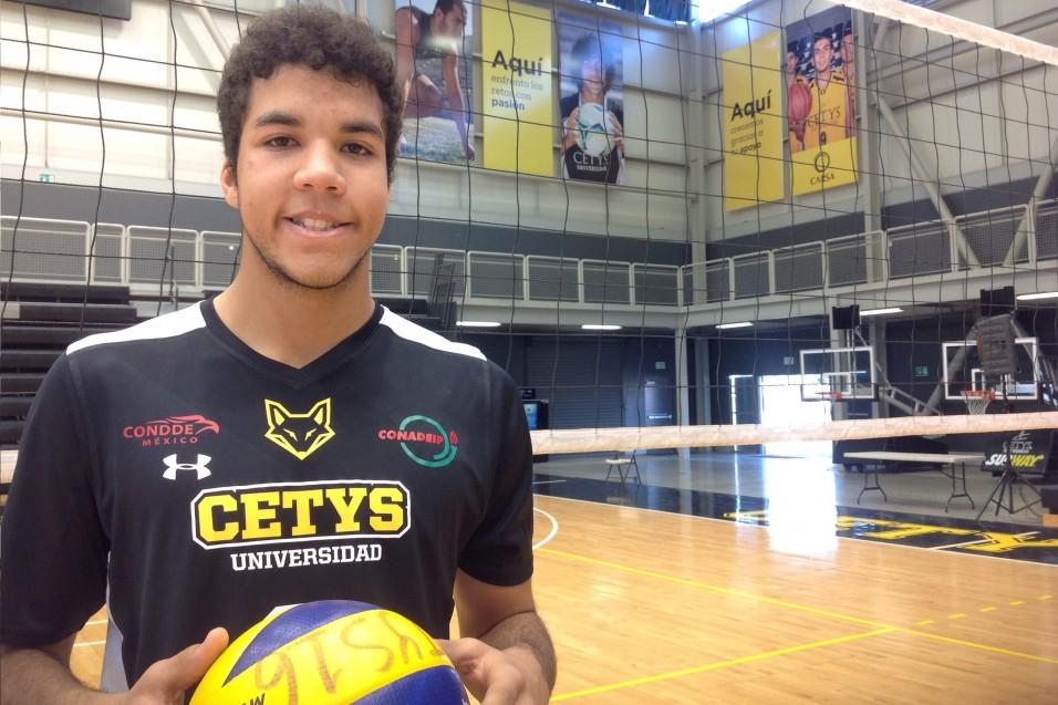 Franky Hernández lleva el voleibol en las venas