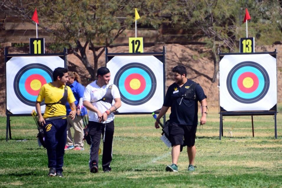 Humberto Arellano (a la derecha) participará en su primera Universiada Nacional.
