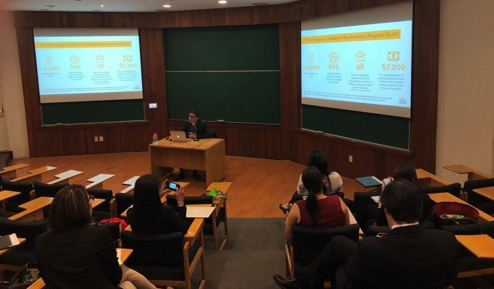 Alumno representa a CETYS en Congreso sobre competitividad, innovación y emprendimiento