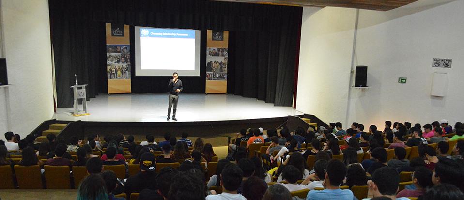Centro de Idiomas de CETYS Universidad