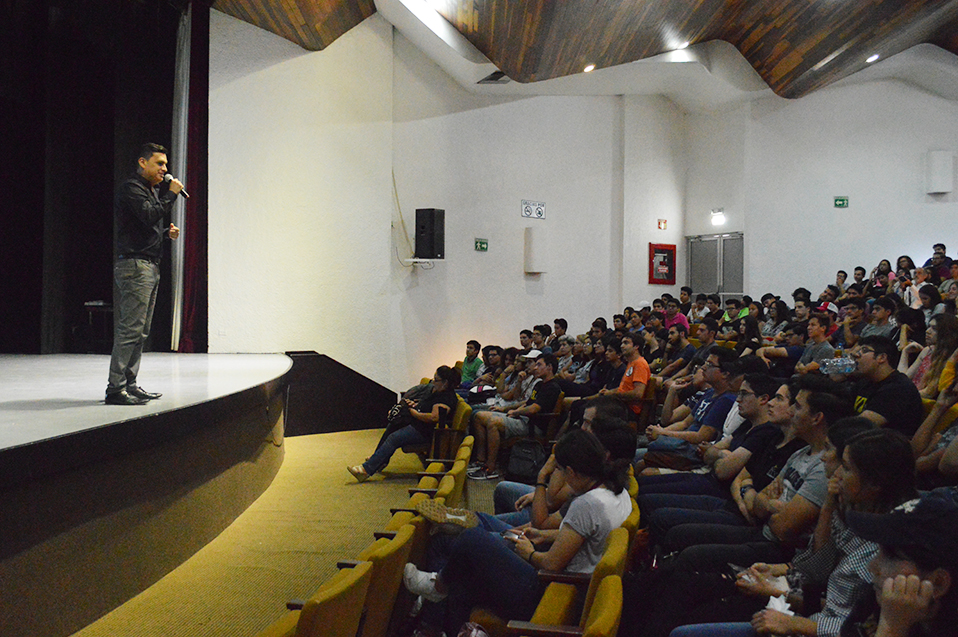 Impulsan crecimiento y desarrollo de mexicalenses con certificación IELTS de inglés
