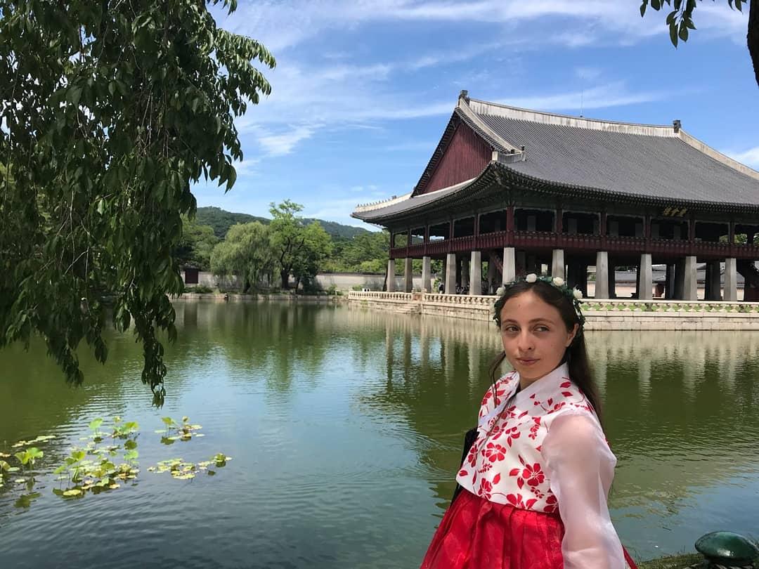 Asia, destino de alumna este verano