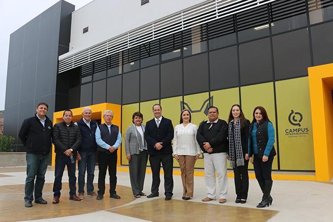 Reconocen en CETYS a Grupo FEMSA por su compromiso con la educación y el deporte