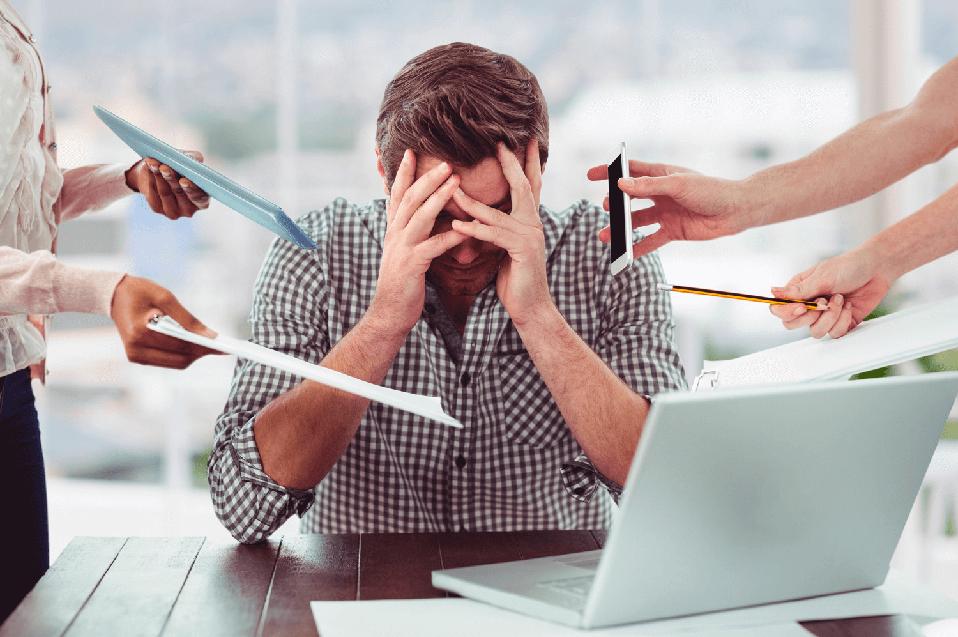 Factores de riesgo psicosociales están afectando la salud mental de colaboradores