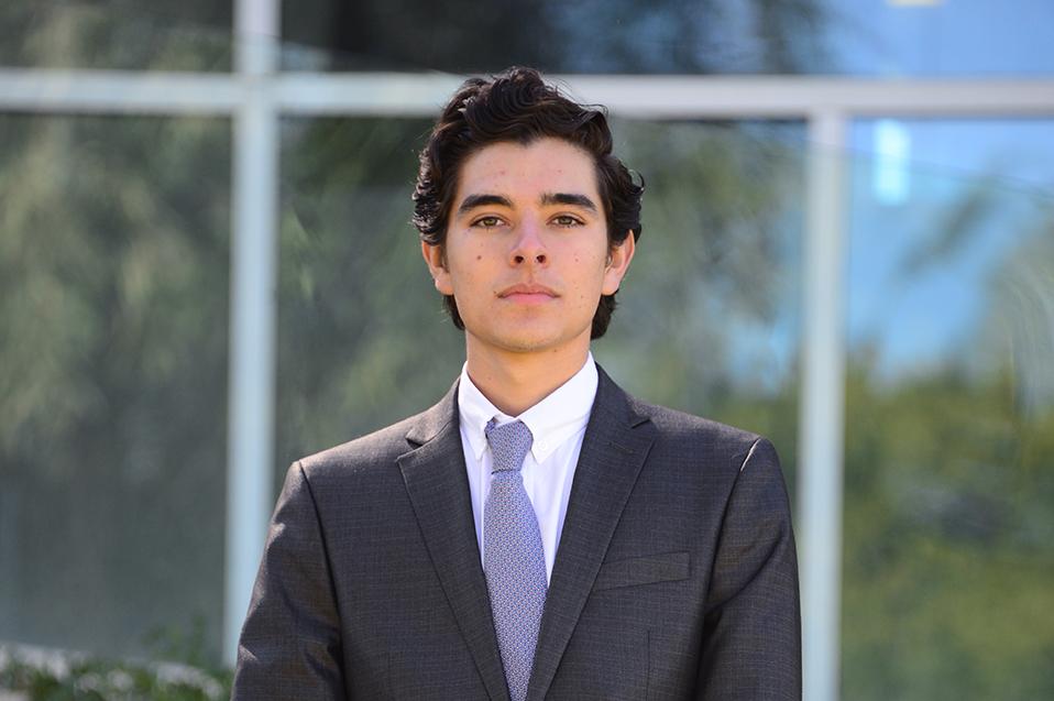 Mariano un abogado con enfoque internacional
