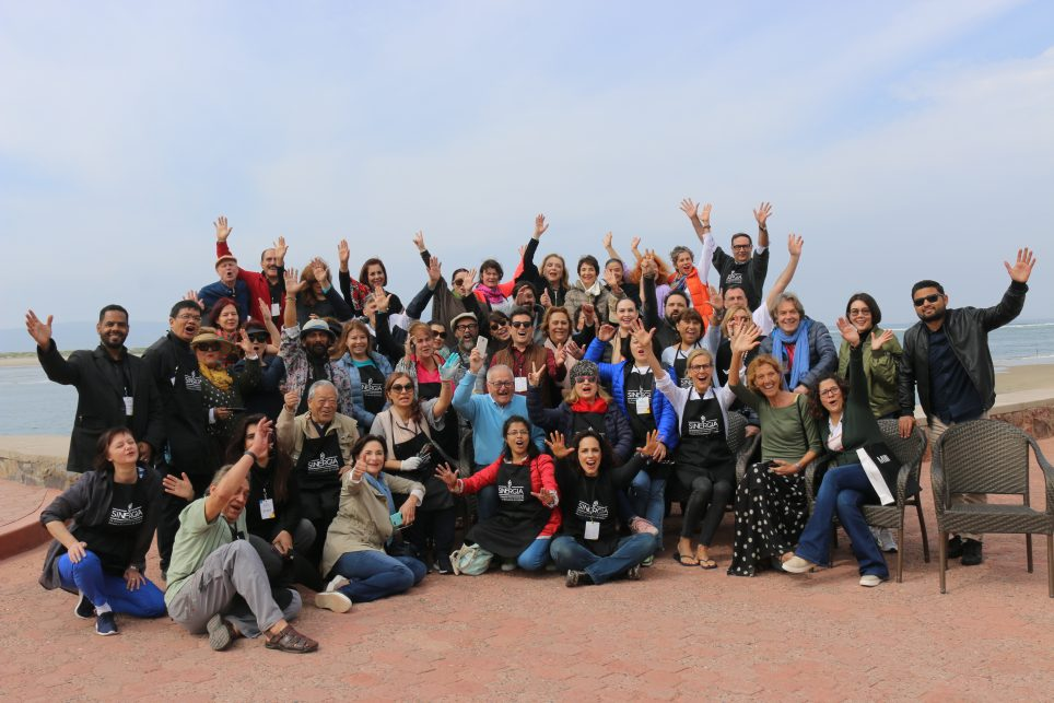 """""""Sinergia"""" reúne a artistas de más de 20 países en Baja California"""