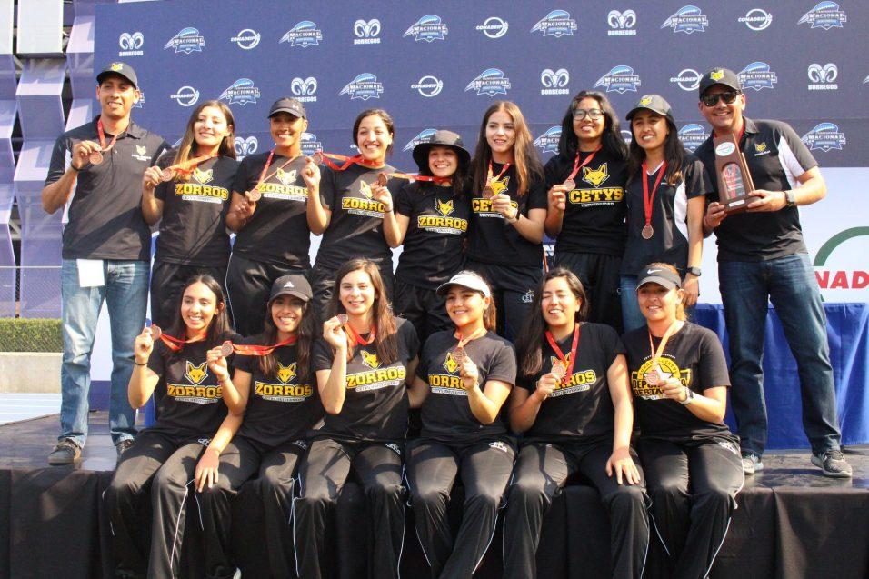 Tercer podio seguido para Zorros Femenil en el Nacional de Flag Football