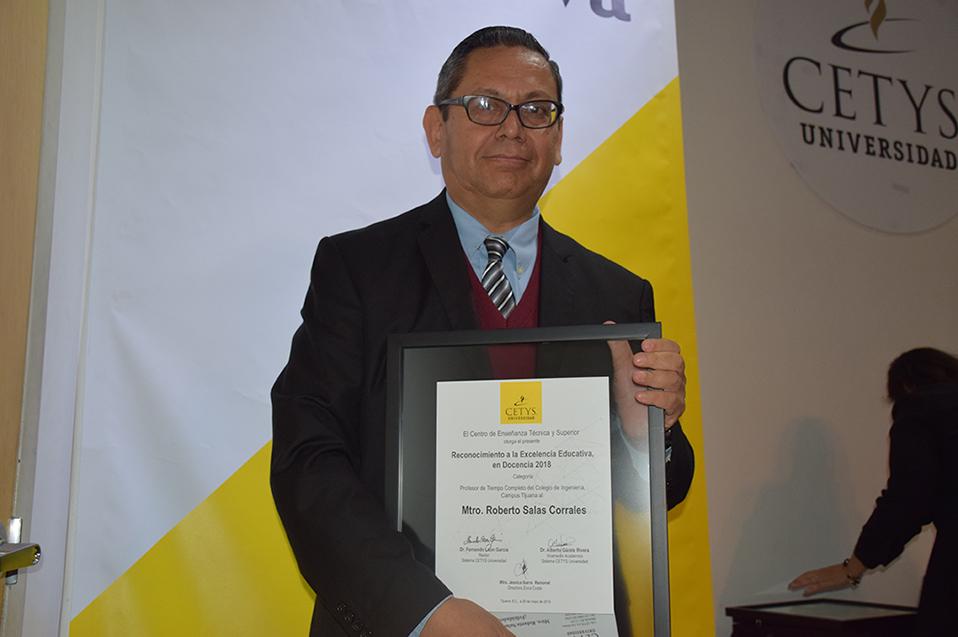 Roberto Salas Corrales