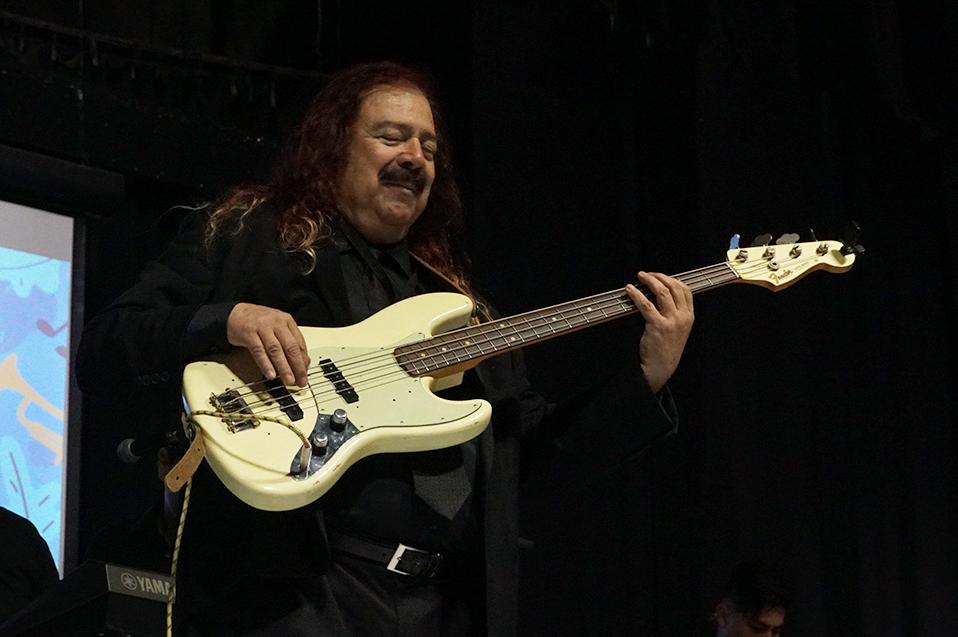 Dice adiós el músico, maestro y amigo Elías Chacón: XXI años de la Orquesta Contratiempo