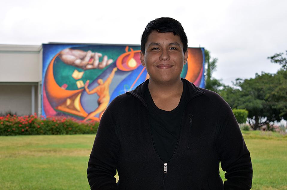 Conoce a Rodolfo Macías el tijuanense de 19 años que participará en un programa de becas en la NASA
