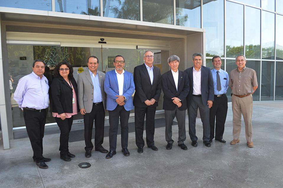 Fundación Biblioteca Virtual Miguel de Cervantes y CETYS firman convenio de colaboración