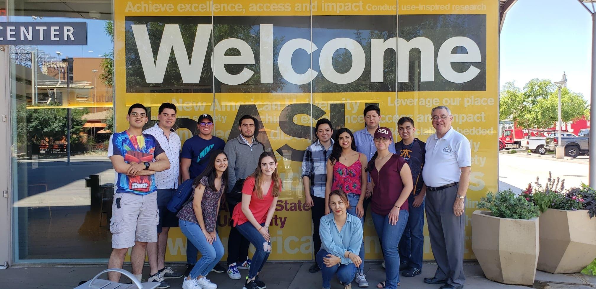 Estudiantes viven experiencias internacionales durante el verano