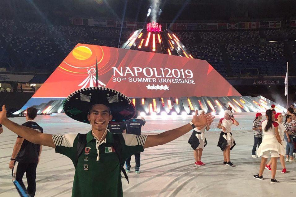 Deportistas de CETYS presentes en la apertura de Universiada Mundial en Nápoles