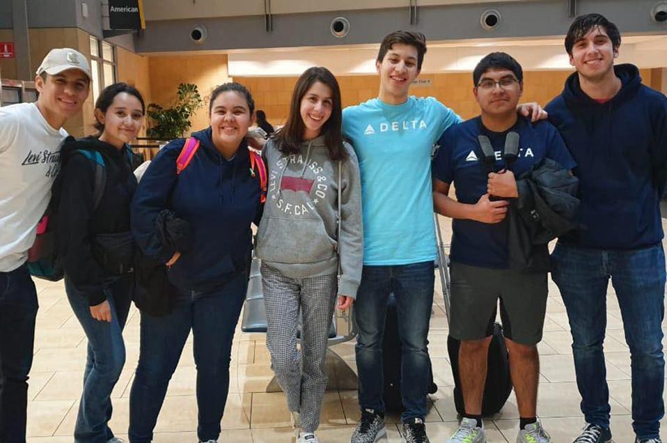 Estudiantes de la Prepa CETYS Tijuana viven experiencia virtual de vuelo en Florida