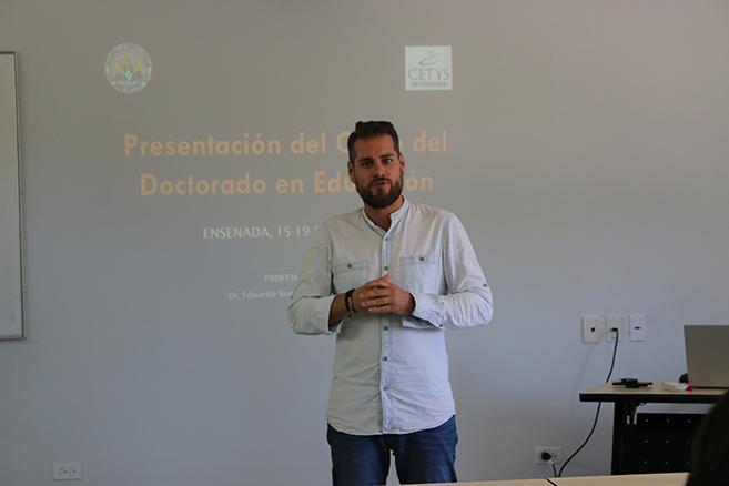 Pensar en el otro es fundamental para una educación en valores, catedrático español en CETYS
