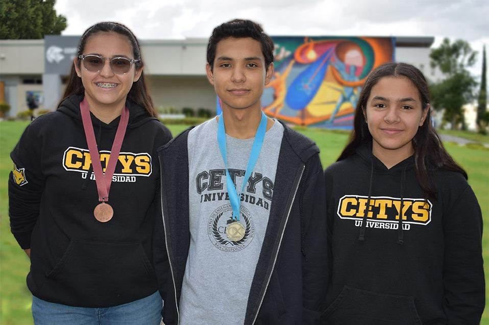 Estudiantes de BC son galardonados tras participar en Olimpiada de Matemáticas, 4 son de CETYS